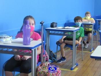Volta às aulas presenciais: 3º, 6º e 7º anos