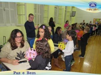Homenagem às Mães - NA2 e NB - Profª Renata e Profª Claudia