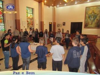 Celebração Pascal - 3ª série EM, 6º ano 3 e 7º ano 1