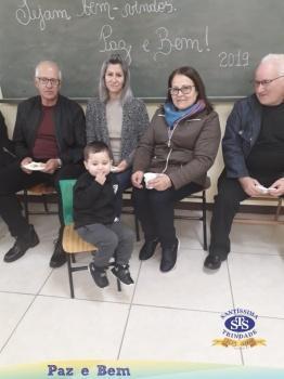 Maternal II - Homenagem aos Avós