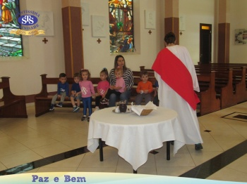 Maternal II - Celebração de Páscoa