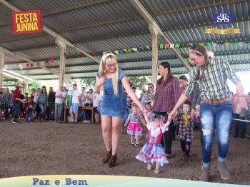 Desfile Caipira - Educação Infantil